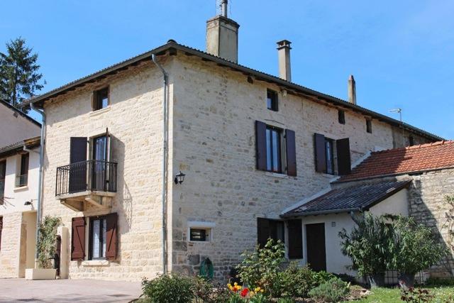 Cottage Entre Deux : Lucenay (69)